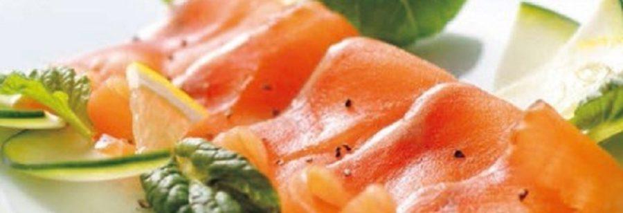 琵琶湖・固有種マス「ビワマス」燻製・スモーク 青空レストラン お取り寄せ